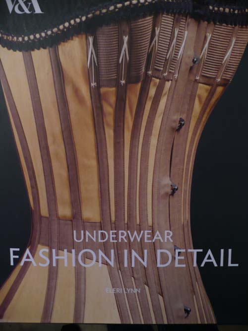 Underwear Fashion in Detail book cover