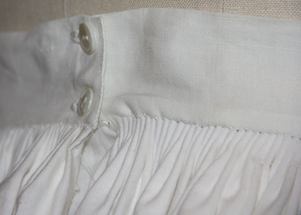 petticoat waist detail
